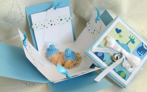 Ръчно изработена картичка-кутийка Момче